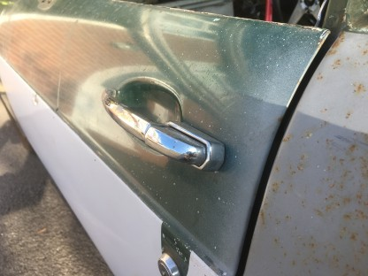 MG door handle 1